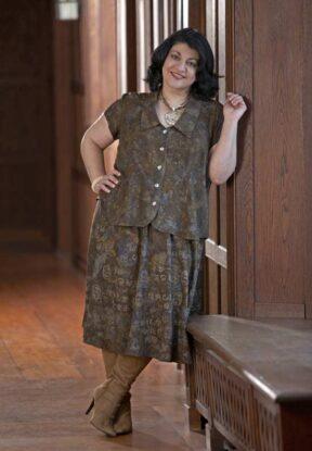 Shapely Blouse, Flirty Skirt