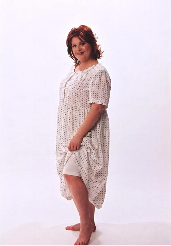 Model in white dress and stretch knicker made from Petite Plus Patterns 301 Easy Dress