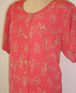 Coral blouse made from Petite Plus Patterns 301 Easy Dress
