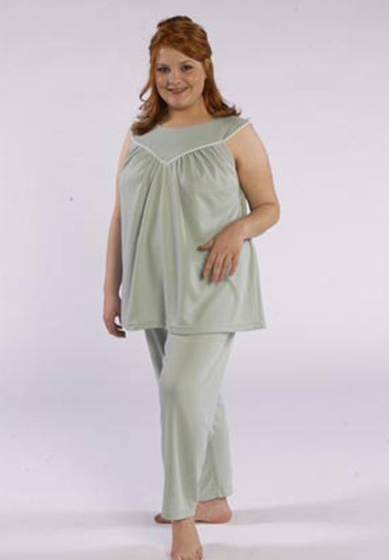 Model in cozy sleep top & pant made from Petite Plus Patterns 401 Nightgown PJs