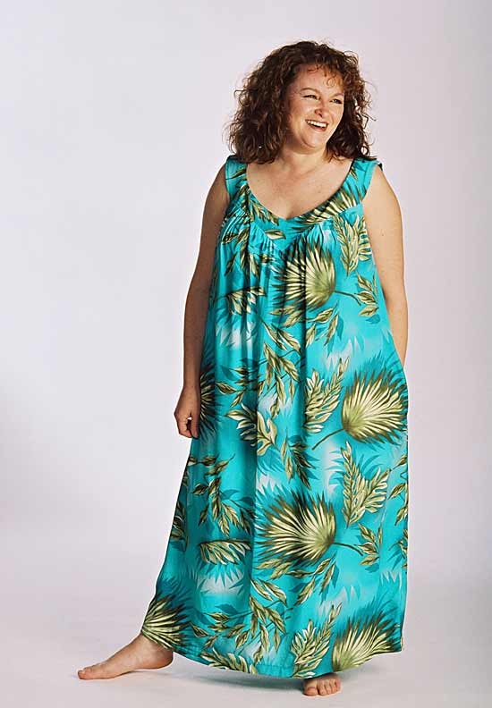 d5901eac042 Model wearing beach dress in blue rayon made from Petite Plus Patterns 401  Nightgown PJs